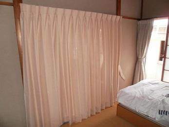 やさしい色合いでとても良いカーテンになりました。気に入っています。