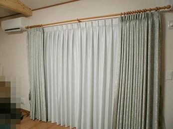 お勧めされたカーテンの色味がとても素敵で、仕上がりに大満足です。