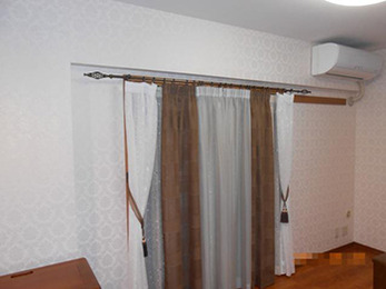 「空気を洗う壁紙」を使用して、デザイン性も機能性も両立したクロスになり満足しています。