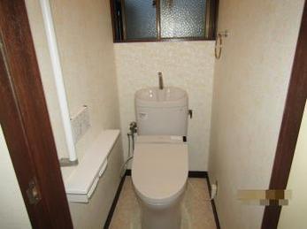 明るく安全なトイレになりました!