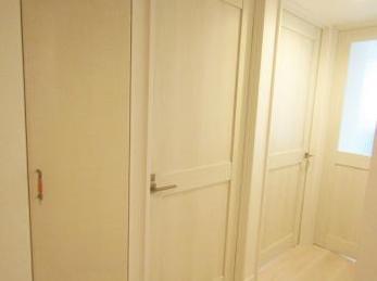 ホワイト一色の清潔感のあるお部屋に仕上がりました